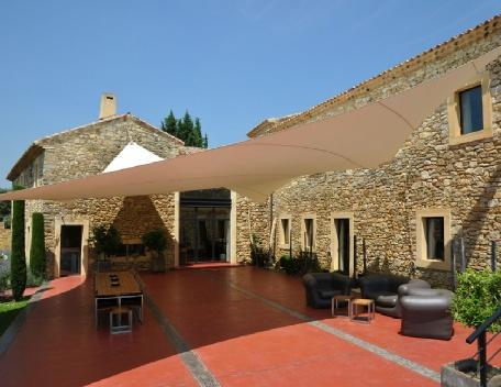 Holiday rental French farmhouses / Country houses Entre Uzès et Avignon (Gard), 700 m², 13 500 € - Image 1 - Les Brévières - rentals