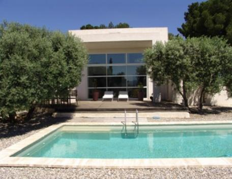 Amazing Marseille Holiday Rental Villa with a Pool - Image 1 - Marseille - rentals