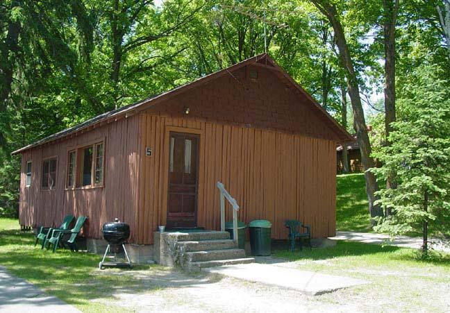 Outside - Cabin Fever, Waterfront Central #5 - Deer River - rentals