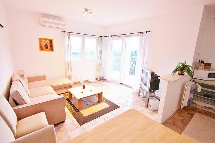 Villa Maslina - apartment Mikael - Image 1 - Brac - rentals