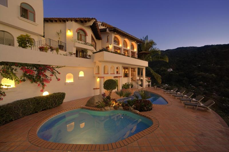 Golden sunsets, sweet dreams and unforgettable memories - Casa Buena Vista - Puerto Vallarta - rentals