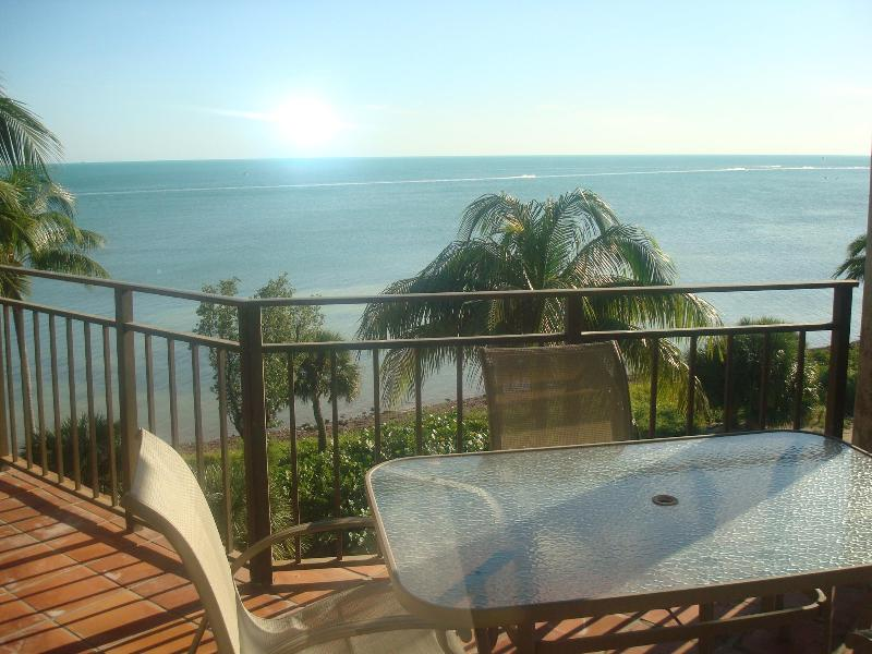 Fabulous Ocean View from Private Balcony - Two  Bedroom Premiere Ocean-View C438 - Key West - rentals