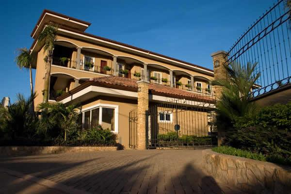 Leora del Pacifico Penthouse #301 - Image 1 - Tamarindo - rentals