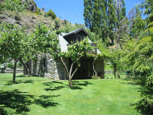 Self contained cottage - Trelawn Cottage - Queenstown - rentals