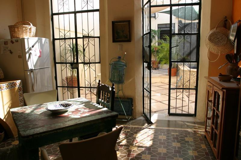 Kitchen looking into patio - Casa Walker - Merida - rentals