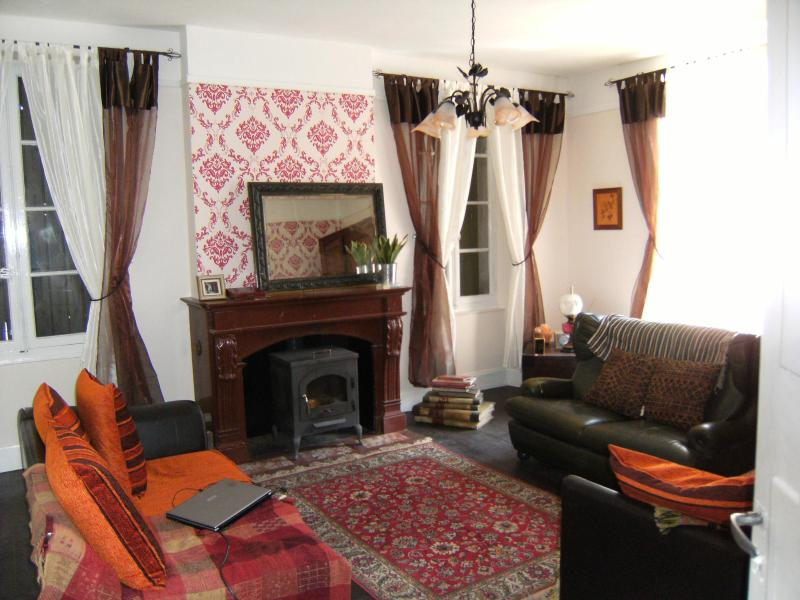 Salon - Spacious apartment at the foot of the Pyrenees - Prades - rentals