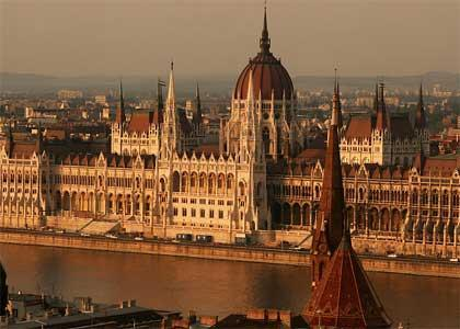 Parliament, 1 min. from the apartment - Parliament Prestigious   downtown 1-5 pers. wifi - Budapest - rentals