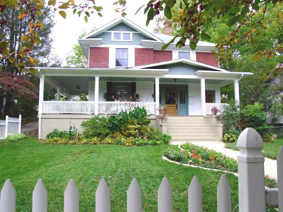 GREEN GABLES OF ASHEVILLE Homestay - Walk to Downtown; WIFI High Speed Internet - Elegant Downtown Home, 4 Min to Biltmore Estate - Asheville - rentals