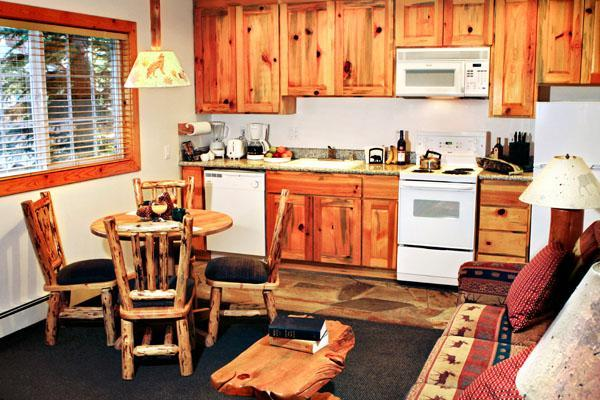 Kitchen Dining - Cabin-style condos right on lake with pool - Tahoe Vista - rentals