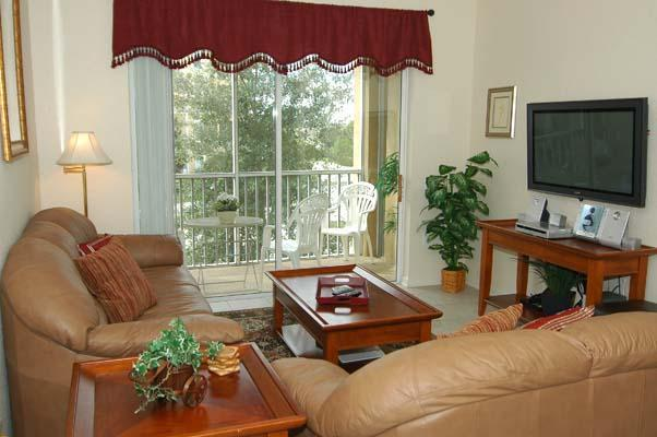 Living Room with Lanai, TV, DVD and CD - Affordable Luxury for Your Family Next to Disney - Kissimmee - rentals
