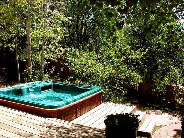 Large hot tub on terraced deck tucked away for added privacy - Celia - Taos - rentals