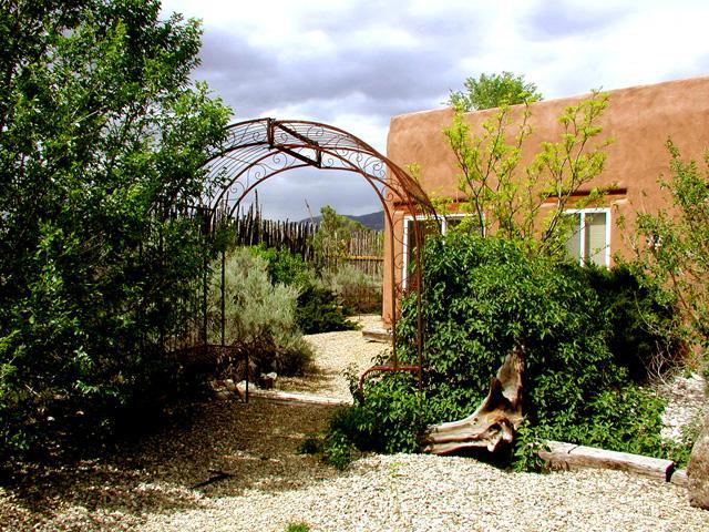 Casita Romantica Cabin - Image 1 - Taos - rentals