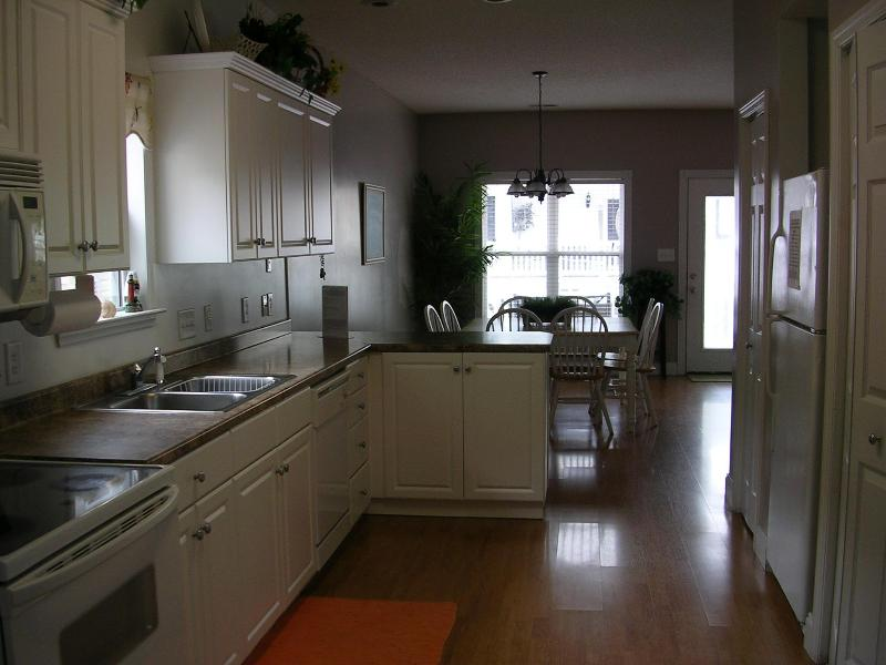 Fully furnished kitchen - Pet-Friendly Myrtle Beach Vacation Rental with Pool and Grill - Myrtle Beach - rentals