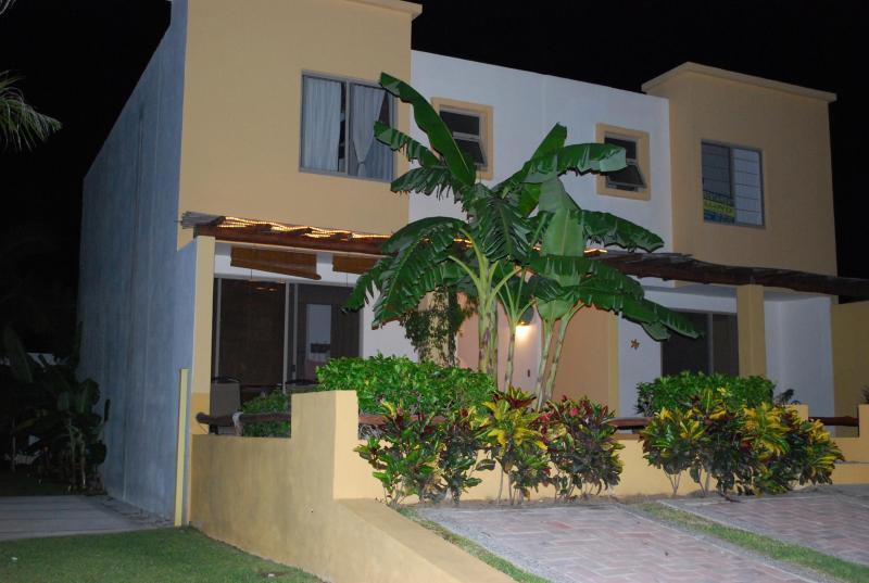 Front view of house - Casa Belda-Rivier Nayarit-Los Amores 1 - Bucerias - rentals