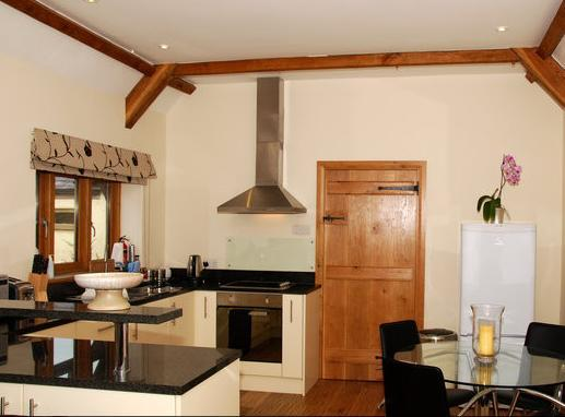 Kitchen - St Edmund's Stables, Mells, Radstock, Bath - Radstock - rentals