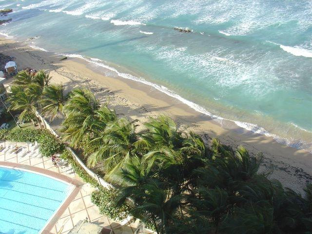 View from Apartment with Pool and Beach - Oceanfront Studio with Pool on Condado Beach - San Juan - rentals