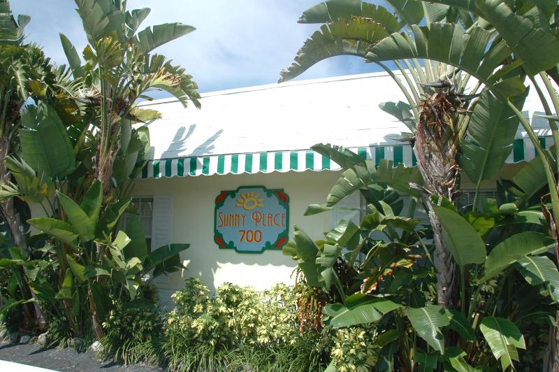 Welcome to Sunny Place - Sunny Place Apartments - One Block to Beach - Pompano Beach - rentals