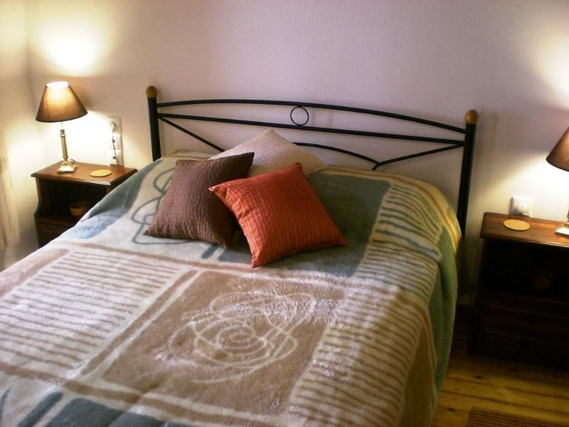 The bedroom on the first floor - Chania Old Town Houses - Chania - rentals
