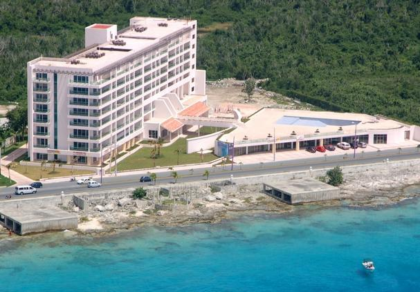 General view - Palmar Condominium - PALMAR Condo. Unit 1C Garden level Ocean front - Cozumel - rentals