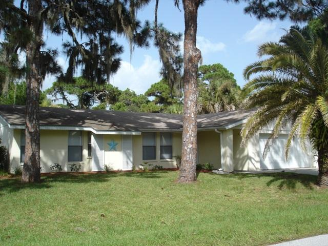 2125 Alamander exterior - Alamander 2 - Lovely walk to Manasota Beach home - Englewood - rentals
