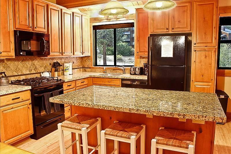 Northstar luxury condo in Apsen Grove, slps 11 - Image 1 - Truckee - rentals