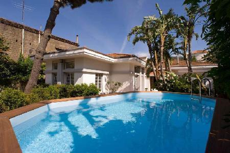Villa Il Gioiello - Contemporary villa with pool, walking distance to the beach & tennis court - Image 1 - Sorrento - rentals