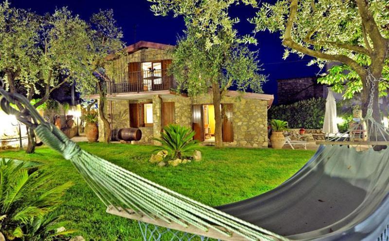 Il Fienile garden - IL FIENILE - Massa Lubrense - Sorrento area - Massa Lubrense - rentals