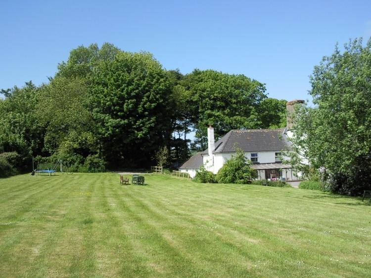 Hafod Villa has  a delightful, secluded setting. - Charming Coastal Cottage Moylgrove, Pembrokeshire - Pembrokeshire - rentals