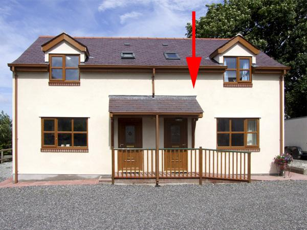 SYCAMORE COTTAGE with a garden in Tynygongl, Ref 4186 - Image 1 - Benllech - rentals