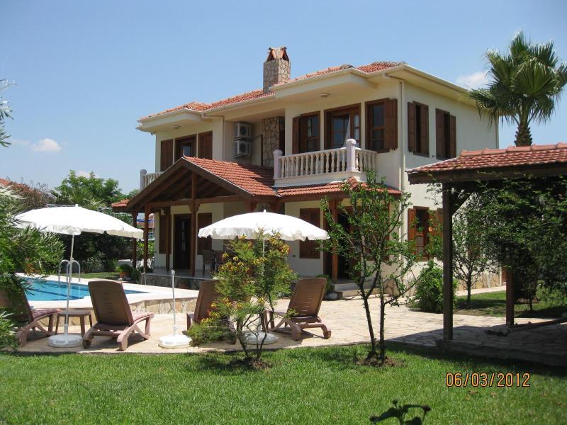 Spacious villa Hatira, totally private - Villa Hatira. Private villa sleeping 6. Full A/C. - Dalyan - rentals