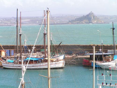 View from balcony - Luxury Harbour & Sea View Apartment No.3 Cornwall - Penzance - rentals