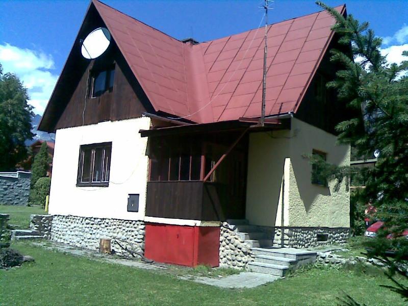 Cottage in summer, Tatras in background - Chata Rebeka, Stara Lesna. Tatras holiday cottage - Stara Lesna - rentals