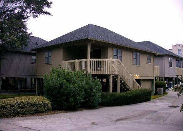 Beautiful Cottage perfect for a family getaway @Myrtle Beach SC #11 - Image 1 - Myrtle Beach - rentals