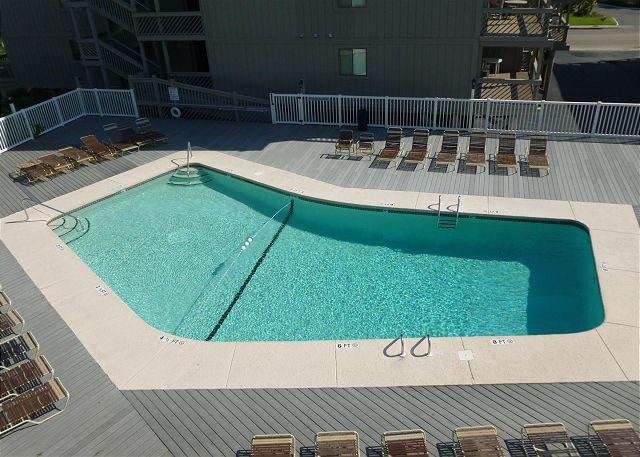 Updated Condo in Premium Condition with a Hot Tub and Pool - L105, Myrtle Beach, SC - Image 1 - Myrtle Beach - rentals
