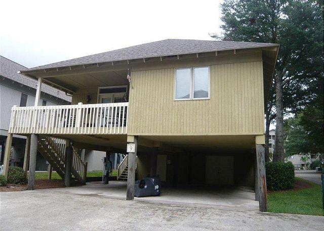 Family friendly area, cozy & convenient added bonus WIFI @ Summer Cottage #9 - Image 1 - Myrtle Beach - rentals