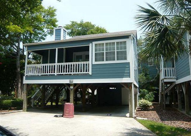Vacation Rental with Pool on Shore Drive, Great Location Near Ocean in Myrtle Beach SC - Image 1 - Myrtle Beach - rentals