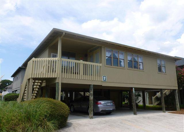 Gorgeous 4 Bedroom Property at The Guest Cottages- Myrtle Beach SC - Image 1 - Myrtle Beach - rentals