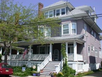 Perfect House with 2 BR-1 BA in Cape May (Hues of Summer Apartment 5954) - Image 1 - Cape May - rentals