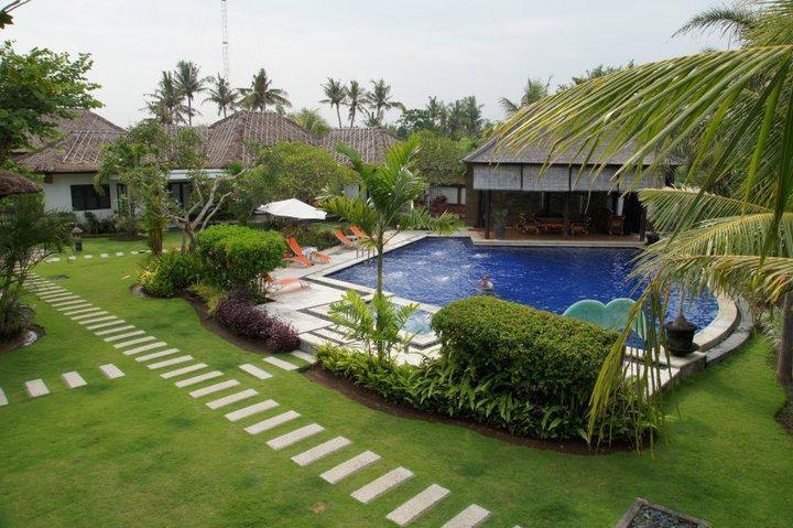 Romantic beachfront 3 villas resort - Image 1 - Bali - rentals