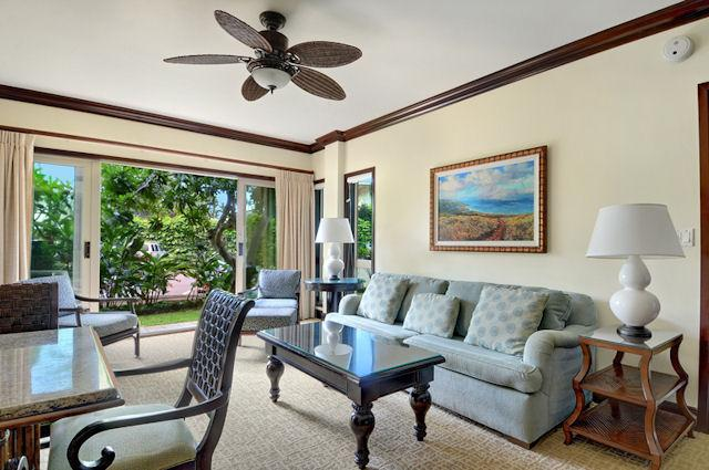 B101 Liv Room Garden View - Waipouli Beach Resort B101 - Kapaa - rentals