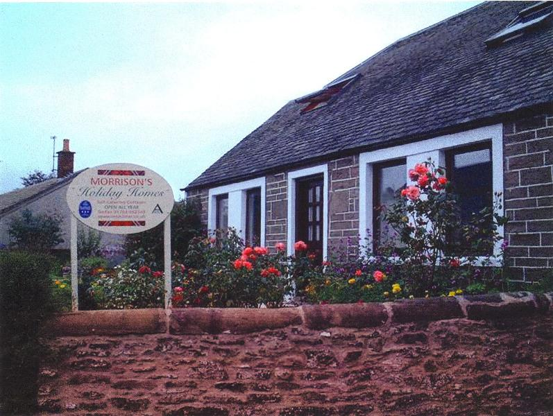 The Old Dairy Cottage in Auchterarder (Gleneagles) - Morrisons Holiday Cottages - Auchterarder - rentals