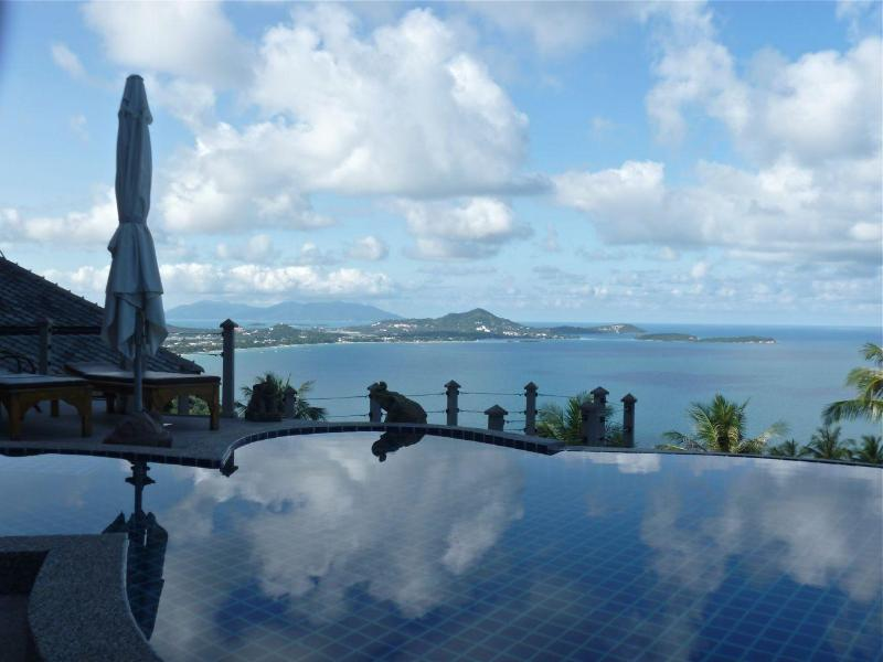 outstanding views from the upper pool, toward Chaweng Bay - Villa Lomchoy - Spectacular views from home & pool - Chaweng - rentals