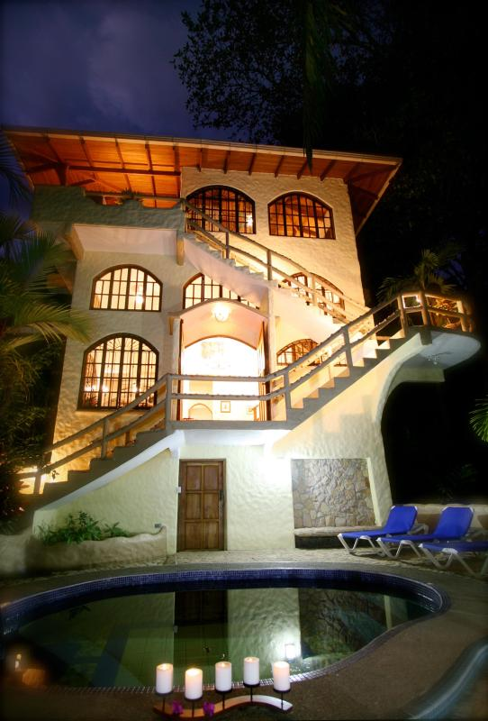 Casa Sarita - CASA SARITA - SLEEP WITH MONKEYS !! - Manuel Antonio National Park - rentals