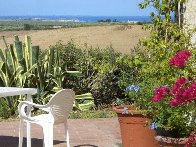 View of Capo Mannu from the garden - Wonderful view of the sea and the hills - Oristano - rentals