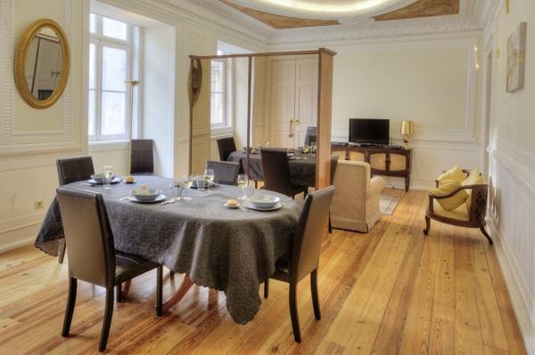 Apartment in Lisbon 200 - Chiado - Image 1 - Lisbon - rentals