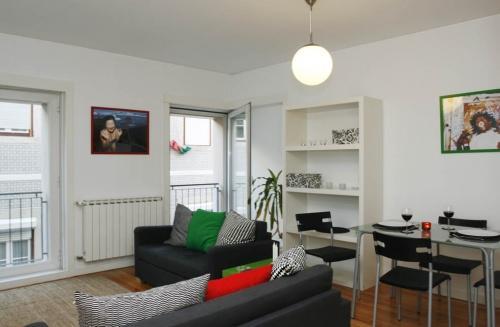 Apartment in Lisbon 57 - Bairro Alto - Image 1 - Lisbon - rentals