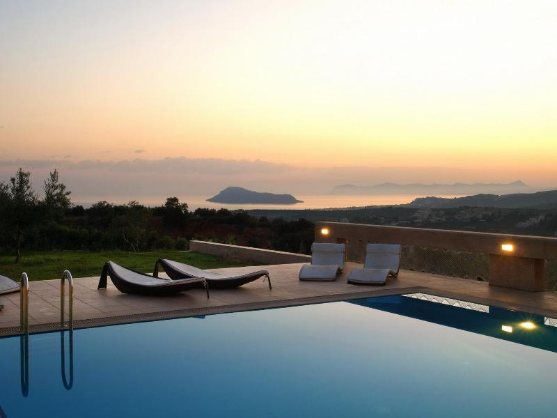 Amazing views - Villa AnnaNiko Chania Crete Luxury - Amazing views - Heated pools - Chania - rentals