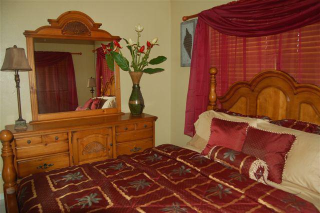 Bedroom (Alt View) - Brownstone's Beach Front Cay - Nassau - rentals