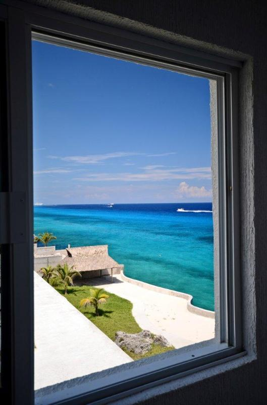 Newly remodeled! The best oceanfront view in the building!  Miramar 401 - Image 1 - Cozumel - rentals