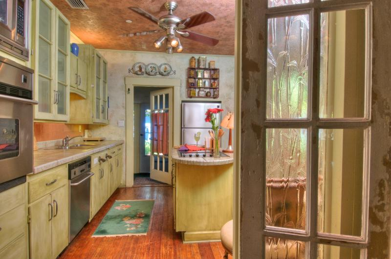 kitchen - Sweet Mango Manor * Premier Historic Vacation Home - Sarasota - rentals